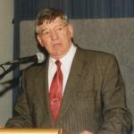 2002 state cships brisbane - presentation night - qrls mr john mcdonald - pass02-007